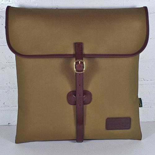 The Classic 12-Inch Record Hunting Bag - Khaki