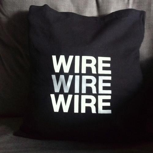 Wire - Wire - black cushion